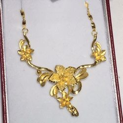 Tien Hung Jewelry 21 Photos Jewelry 1112 E Colonial Dr Lake