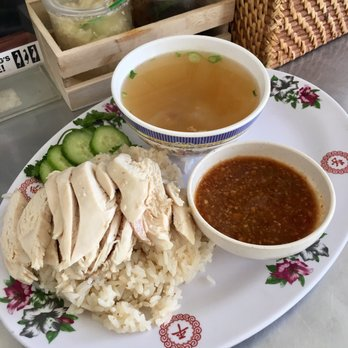 Nong s khao man gai 20 photos 60 reviews thai 411 for Authentic thai cuisine portland or