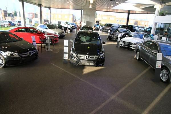 Garage de l avenir concessionnaire auto rue grand for Garage ouvert aujourd hui