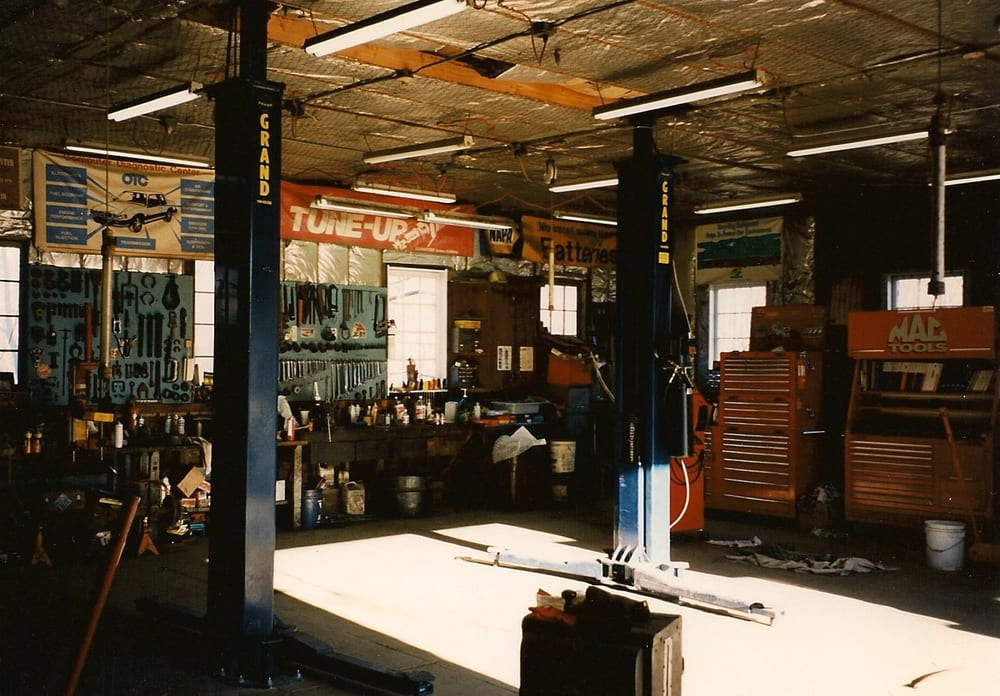 Van Demark's Auto & Truck Repair: 181 Upper Whitfield Rd, Accord, NY