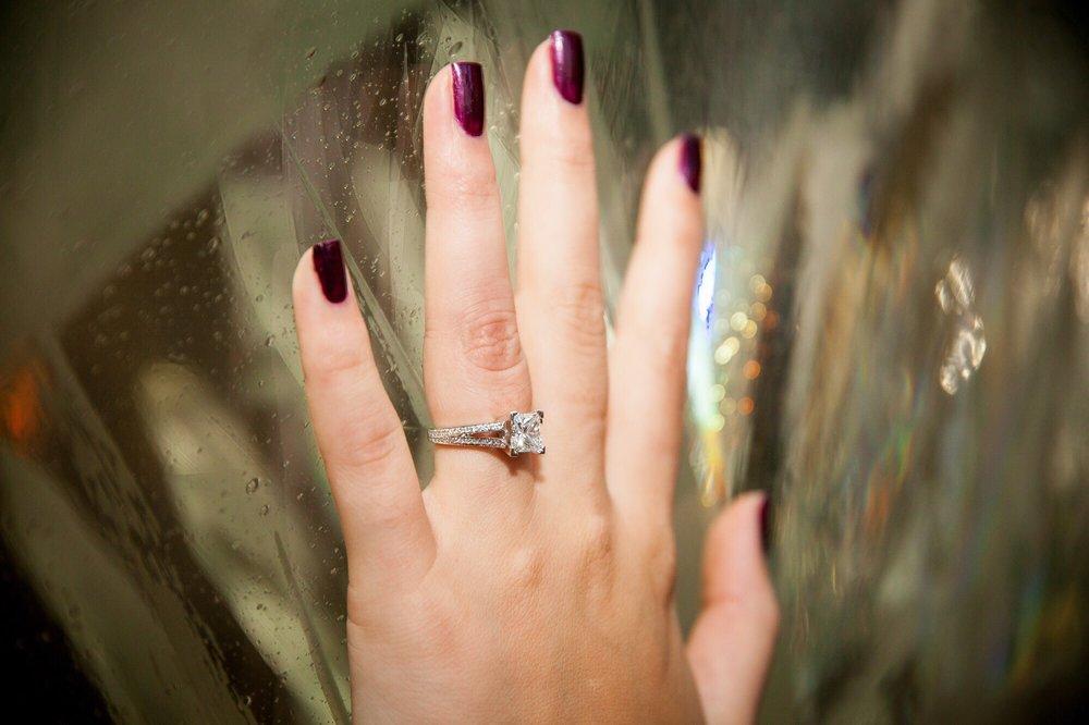 Howie's Jewelers: 944 Hoosick Rd, Troy, NY