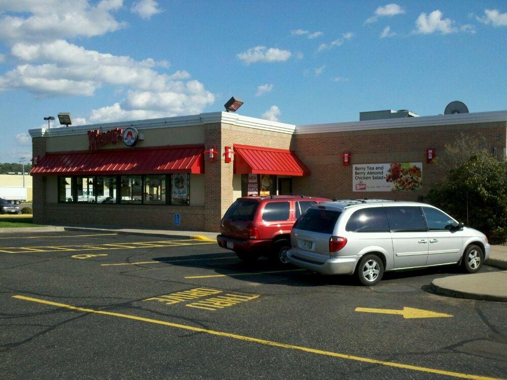 Wendy's: 2218 Crestview Drive, Hudson, WI