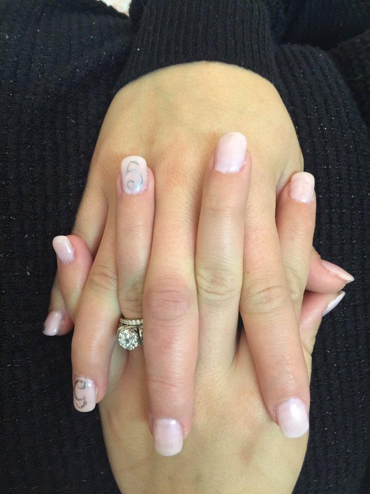 Le Nails: 11751 Maumelle Blvd N, Maumelle, AR