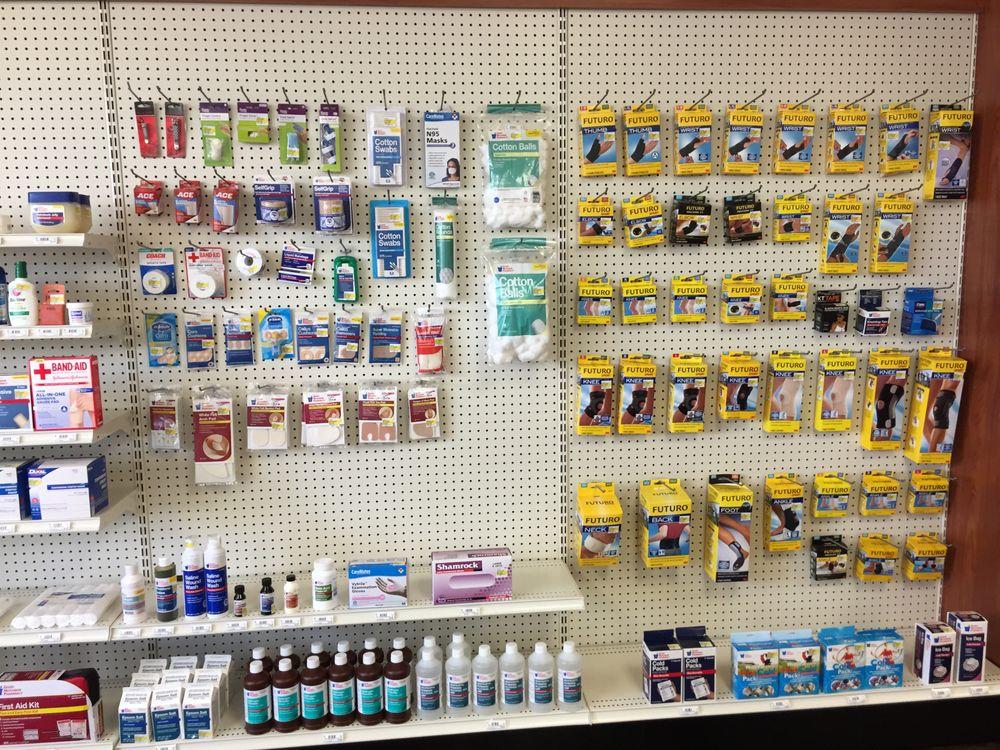 WellCreek Pharmacy-Charleston: 1 W Lincoln Ave, Charleston, IL