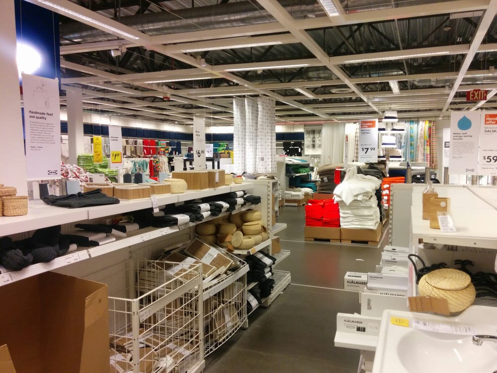 Ikea 39 s empty on a tuesday at 5pm although the full serve for Palo alto ikea