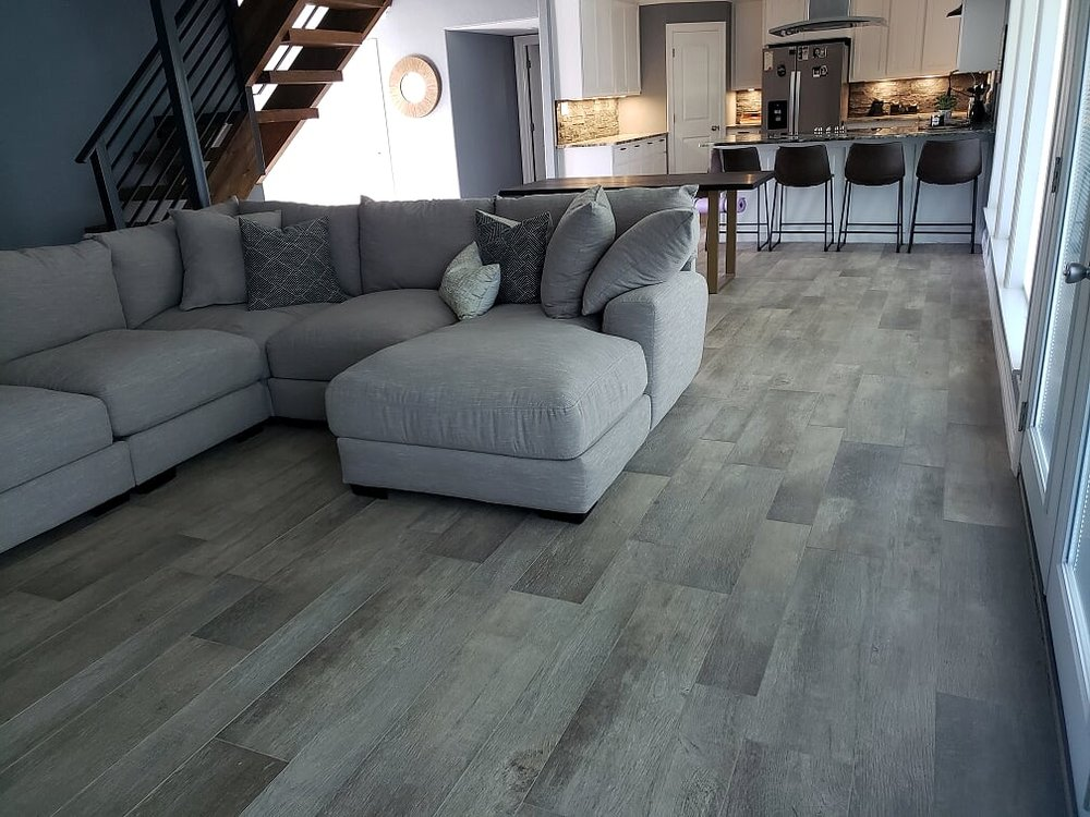Cut-Rate Carpet: 508 W Mulberry St, Angleton, TX