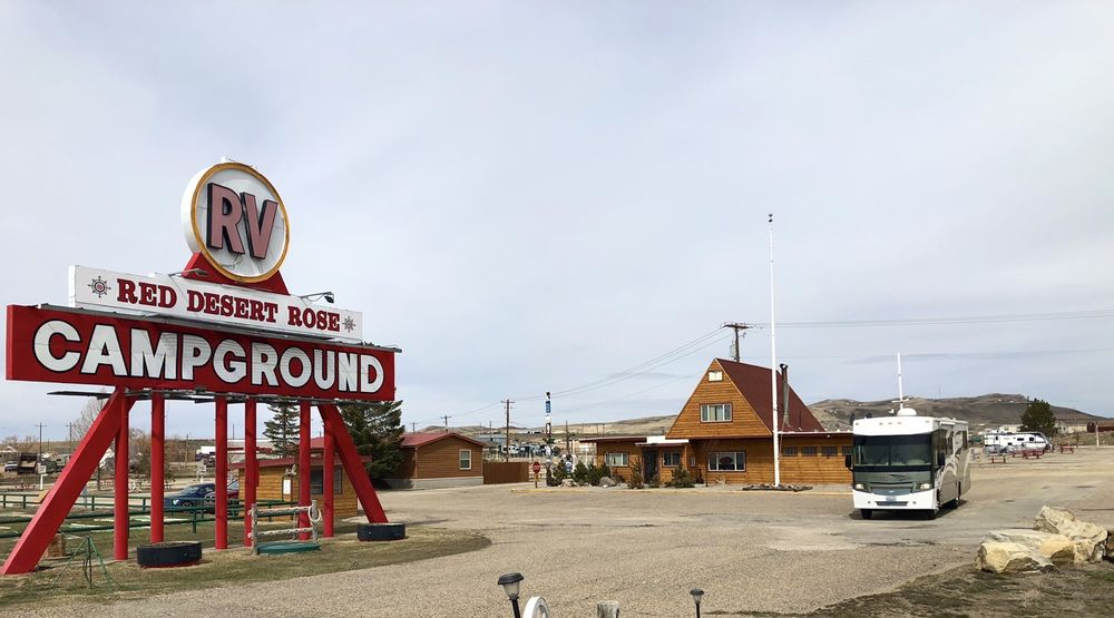 Red Desert Rose Campground: 3101 Wagon Circle Rd, Rawlins, WY