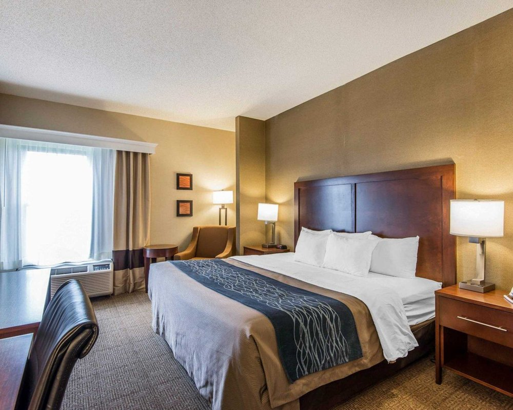 Quality Inn: 1803 Comfort Lane, Cameron, MO