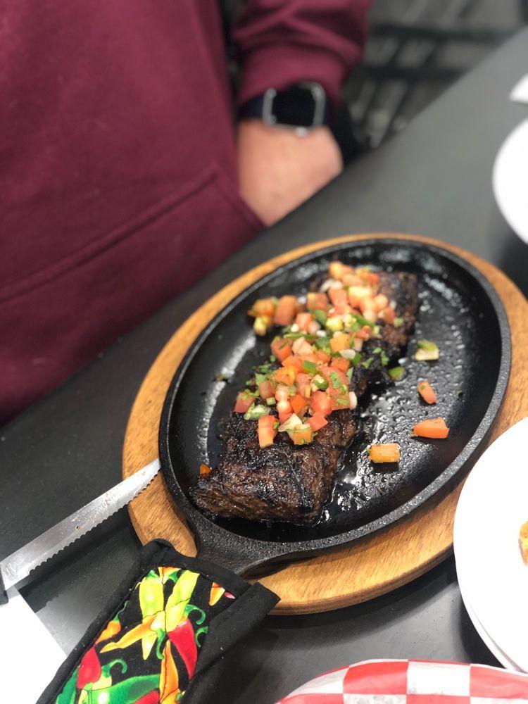 El Azteca Mexican Restaurant: 115 Franklin Turnpike, Mahwah, NJ