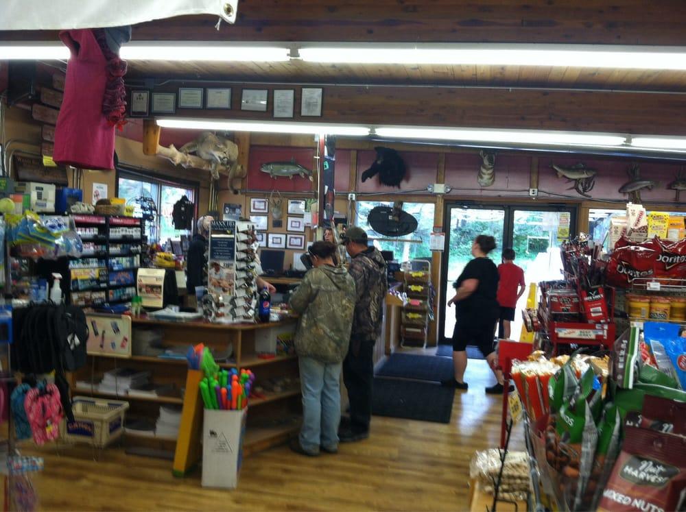 Bob's Woods Bay Market: 14535 Mt Highway 35, Bigfork, MT