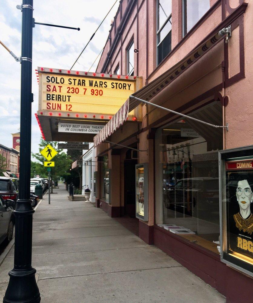 Crandell Theatre: 48 Main St, Chatham, NY