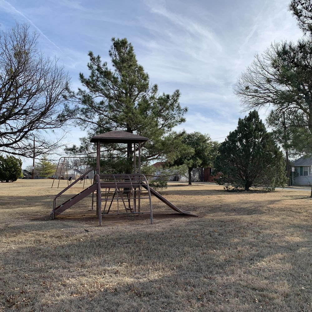 Westover Hills Park: 1099 E Wenonah Blvd, Wichita Falls, TX