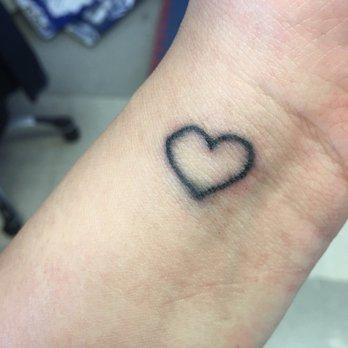 Tulsa tattoo co 20 photos tattoo parlours 1608 e for 15th street tattoo