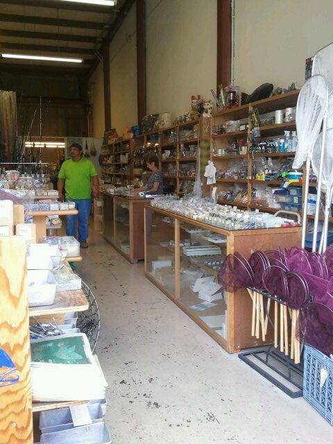 Photos for j e fishing supplies yelp for Fishing supplies honolulu