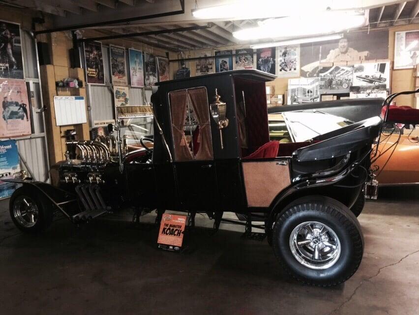 Car Body Repair Shops Near Me >> Studio Custom Auto Body Shop - Body Shops - Toluca Lake ...