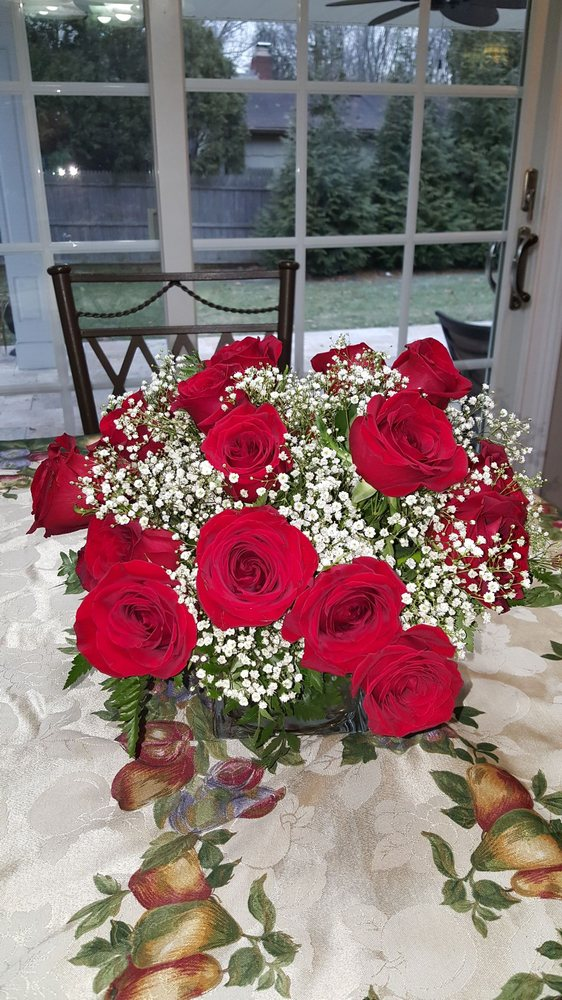 Flowers By Fred: 38 Laurel Rd, East Northport, NY
