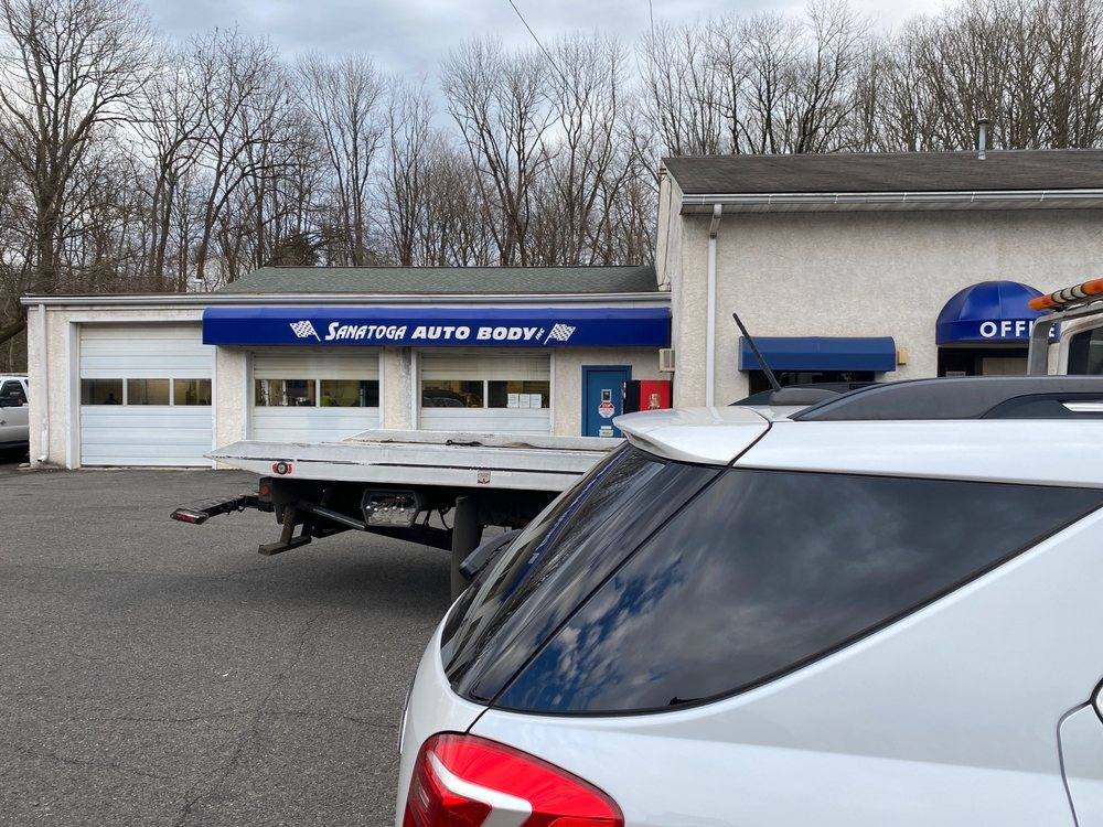 Towing business in Sanatoga, PA