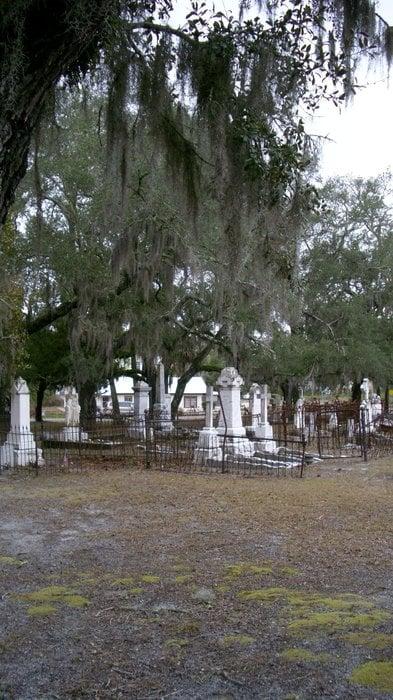 Chestnut Street Cemetery: 8TH St, Apalachicola, FL