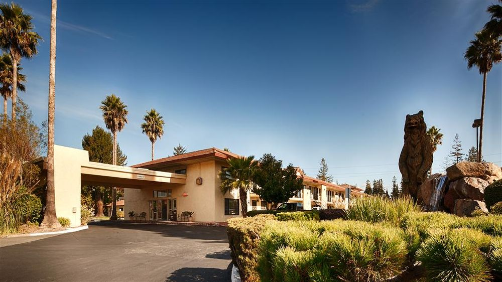 Best Western Sonoma Winegrower's Inn: 6500 Redwood Dr, Rohnert Park, CA