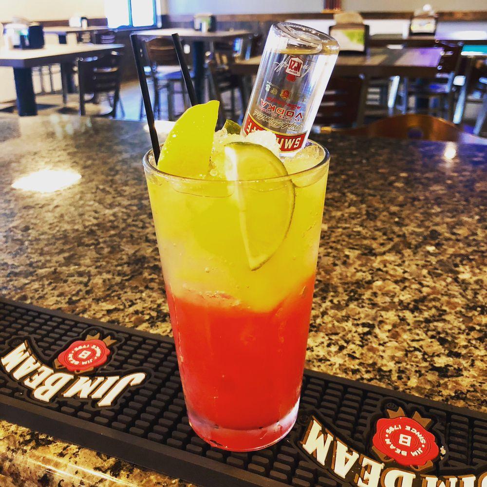Touchdown Sports Bar & Grill: 506 GA-133 Moultrie Ga 31788, Moultrie, GA