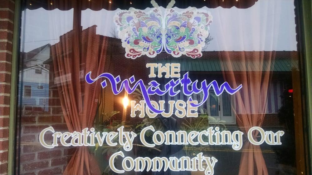 City of  Ellijay: 197 N Main St, Ellijay, GA