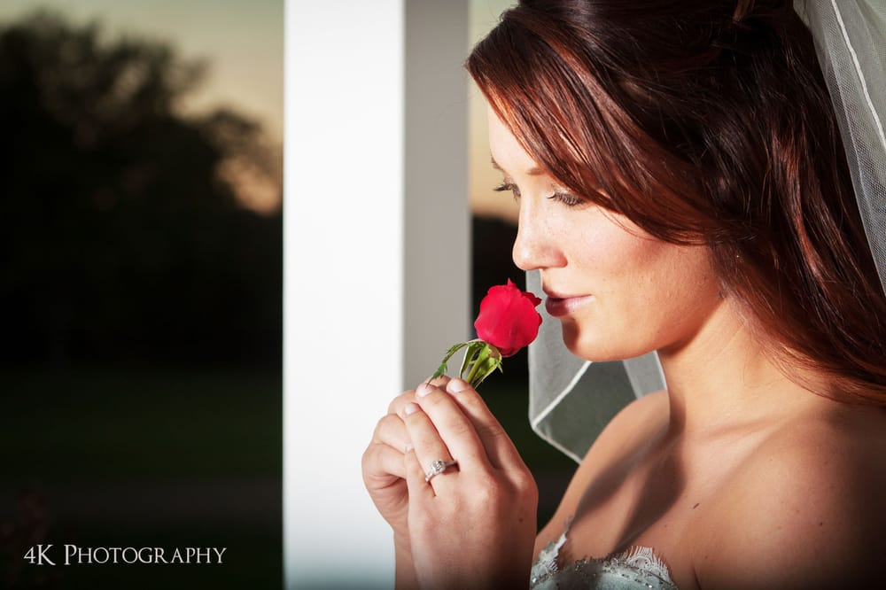 4K Photography: 712 E Commerce St, Fairfield, TX