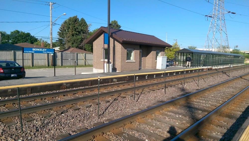 Berkeley Metra Station: 5900 W Park Ave, Berkeley, IL