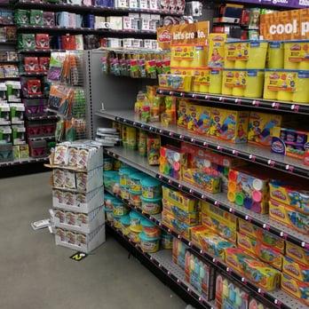 Five Below 34 Photos 17 Reviews Department Stores 470