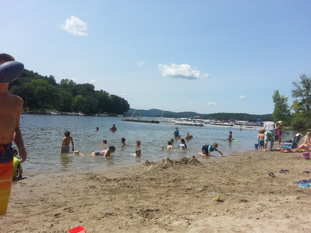 Brookfield town beach beaches 500 candlewood lake rd for Beach towns in connecticut