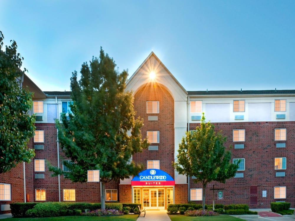 Candlewood Suites Arlington: 2221 Brookhollow Plaza Drive, Arlington, TX