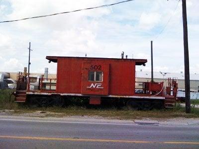 Macs' Old Harbor Lite Restaurant: 27 Louisiana St, Westwego, LA