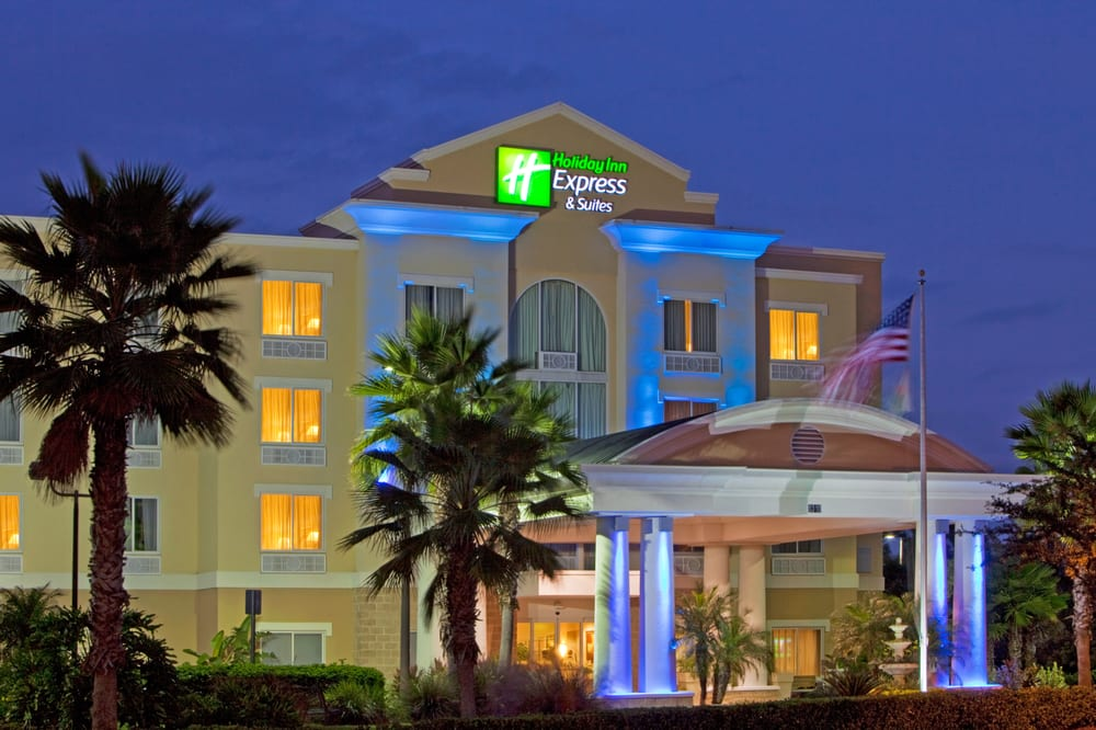 Holiday Inn Express & Suites Tampa-I-75 @ Bruce B. Downs: 8310 Galbraith Rd, Tampa, FL