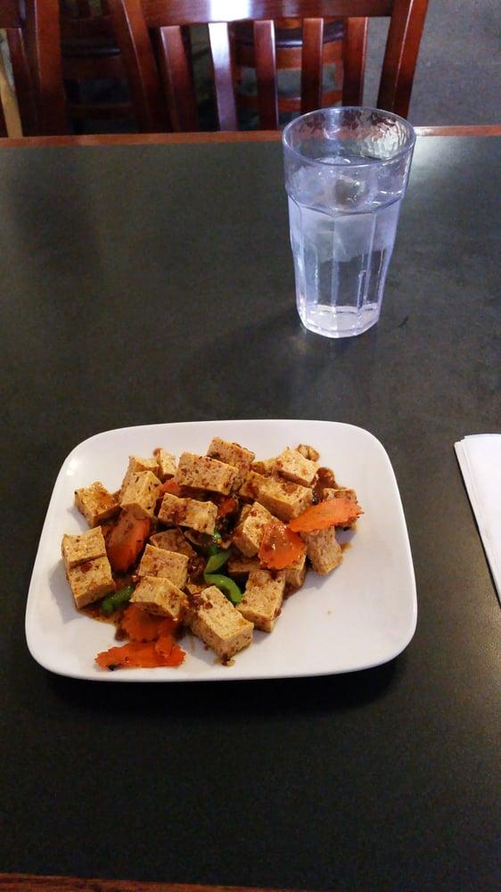 Cham Thai & Cuisine: 2916 1st Ave N, Billings, MT