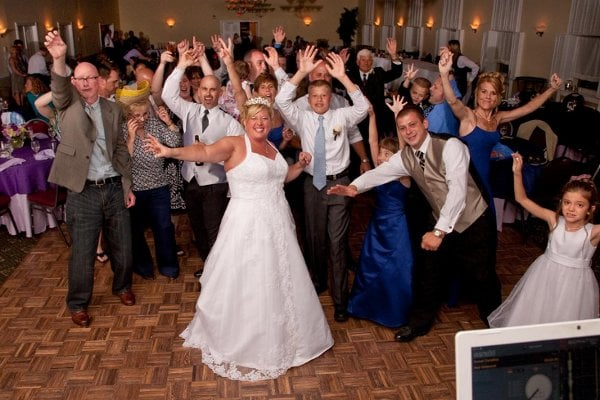 DJs Tom and Sue: 4045 Briarwood Dr, Jeannette, PA