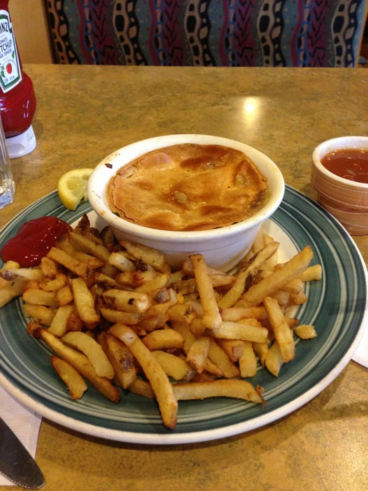 Photo of Swiss Chalet Rotisserie & Grill - Toronto, ON, Canada. Chicken Pot