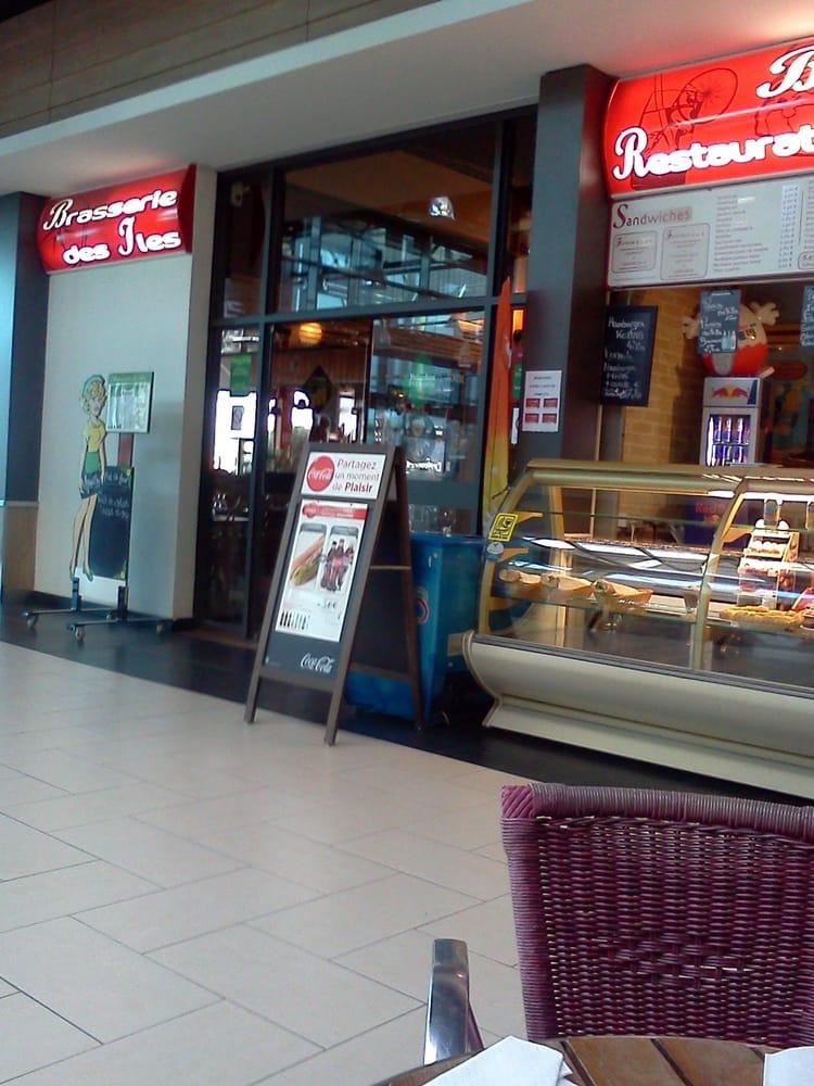 Brasserie Les Iles: Centre Commercial, Plérin, 22