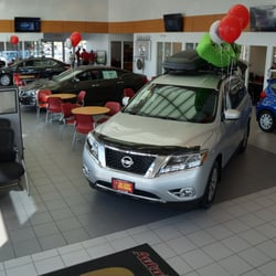 autocenters nissan - 24 photos - car dealers - 1825 e edwardsville
