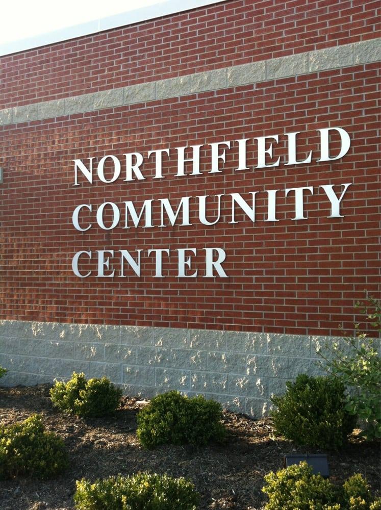 Northfield Community Center: 401 Wagner Rd, Northfield, IL