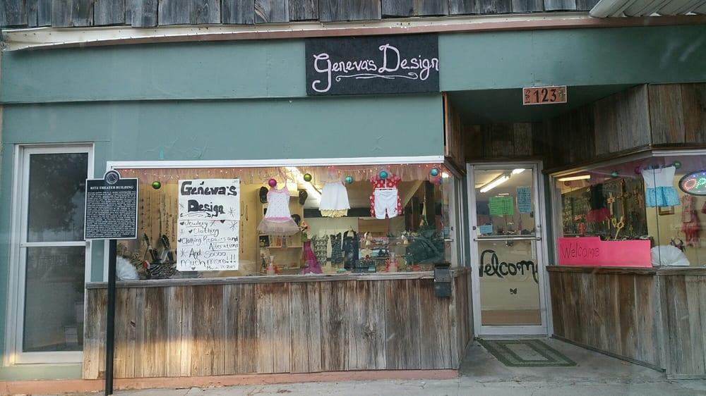 Geneva's Design: 123 Houston St, Comanche, TX