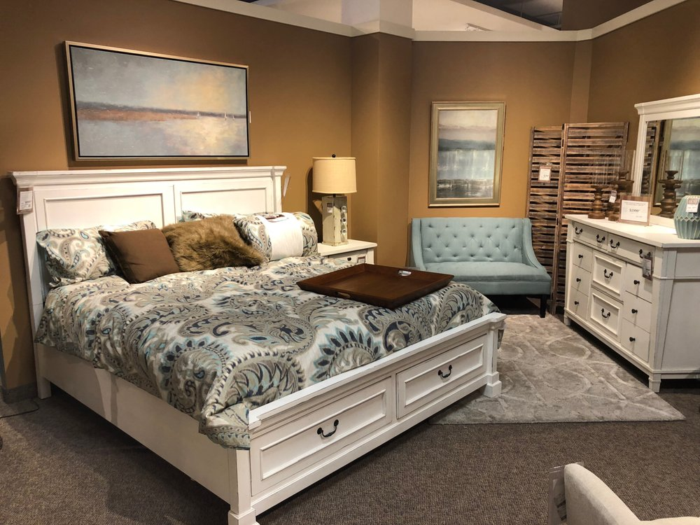 Hom Furniture 16 Photos 10 Reviews Furniture Shops 204 17th Ave Nw Rochester Mn