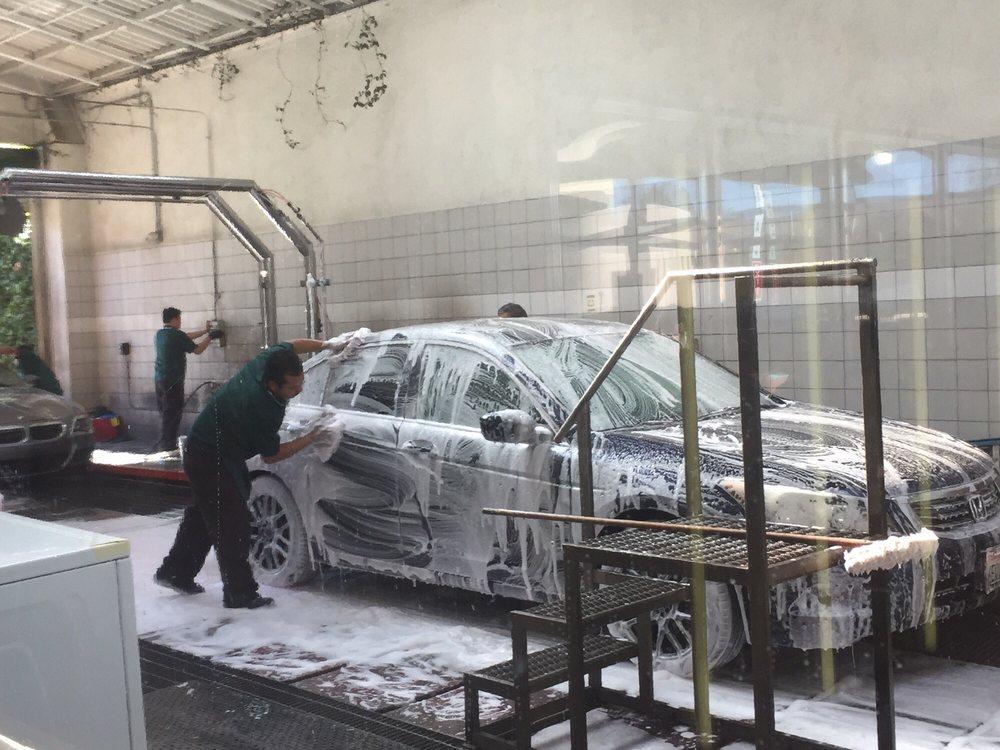 Topanga Car Wash Canoga Park
