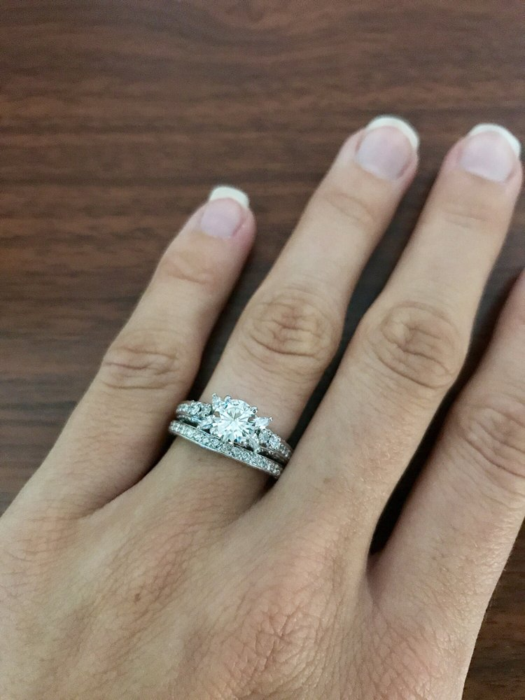 Where To Get My Engagement Ring Resized