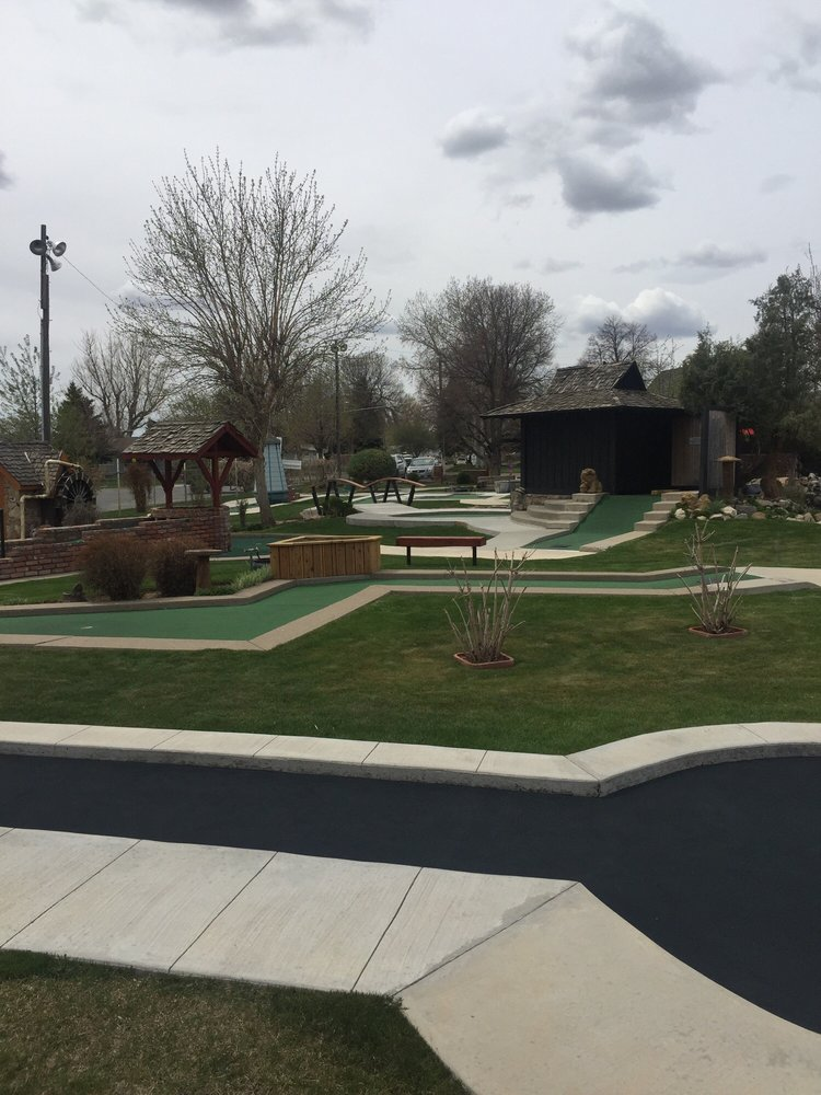 Social Spots from Valley View Garden Golf