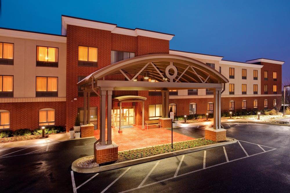 Photo of Holiday Inn Express & Suites Bethlehem Arpt-Allentown Area: Bethlehem, PA