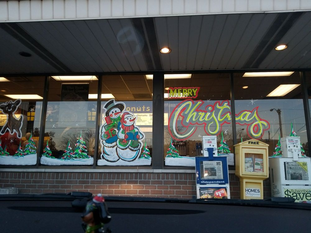 Jolly Pirate Donuts: 2000 Winchester Ave, Ashland, KY