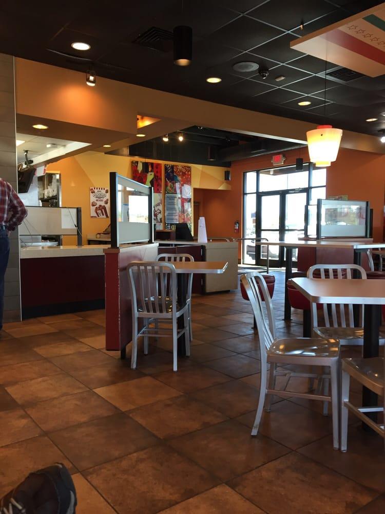 KFC: 1471 Washington St, Williamston, NC