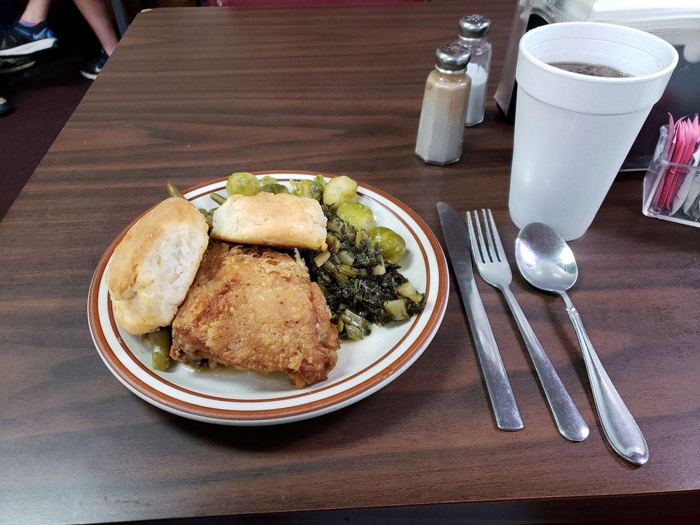 Sidetrack Cafe: 312 Main St, Eastman, GA