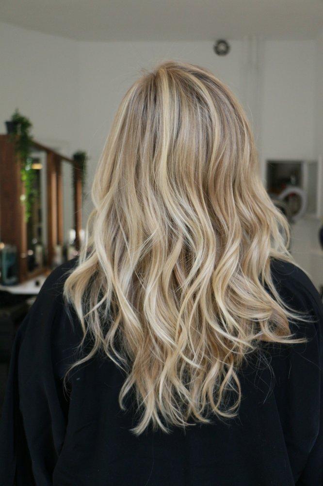 Benita Bianca Hair Salon: 421 Fairmount Ave, Philadelphia, PA