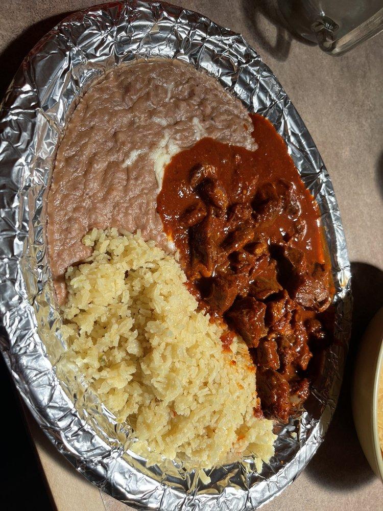 Guadalajara Restaurant: 211 Broadway St, King City, CA