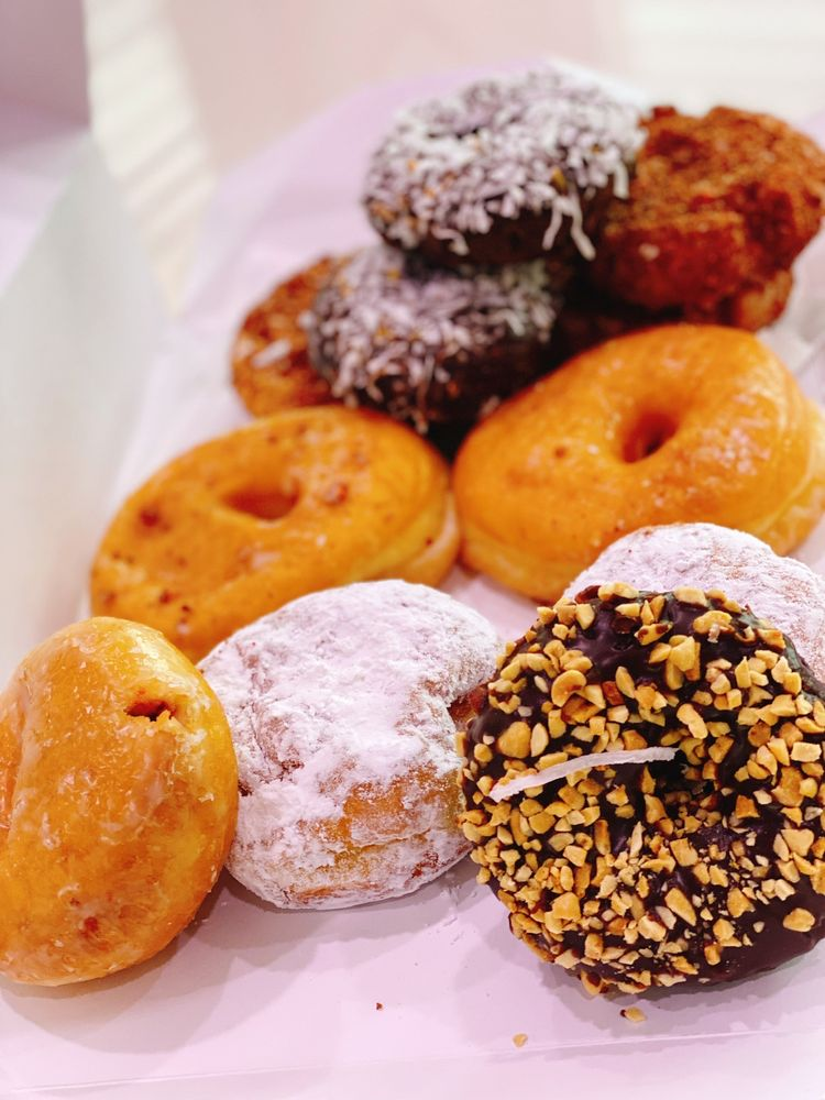 Yummy's Donuts House: 7625 W Hampden Ave, Lakewood, CO